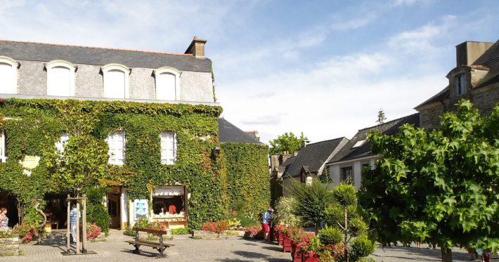 Rochefort - En - Terre