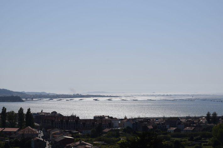 Vistas desde el mirador hacia la Ría de Arousa, Galicia (España)