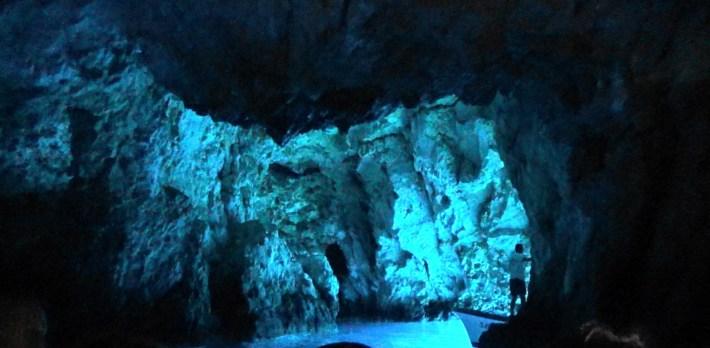 Blue Cave, isla de Bisevo (Croacia)