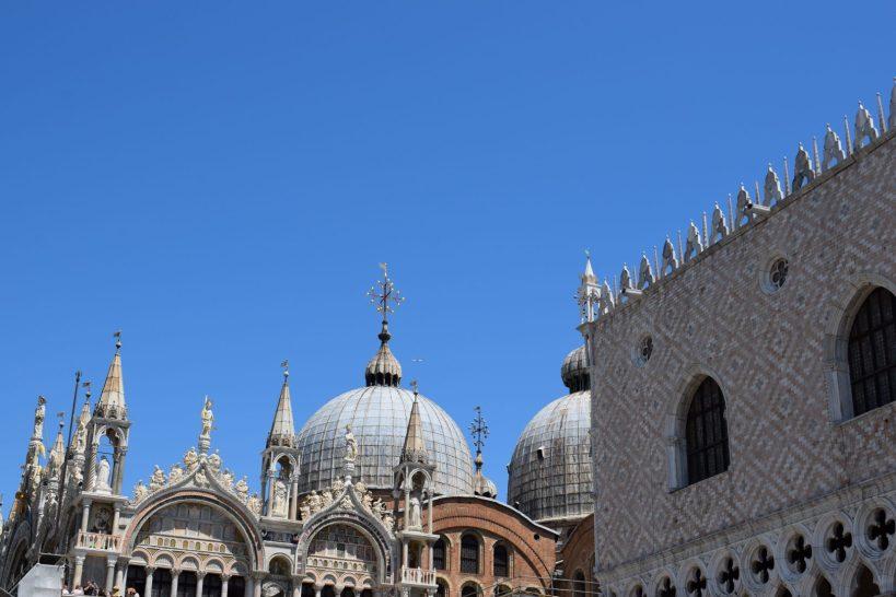 Palacio Ducal y cúpulas de la Basílica de San Marco, Venecia (Italia)