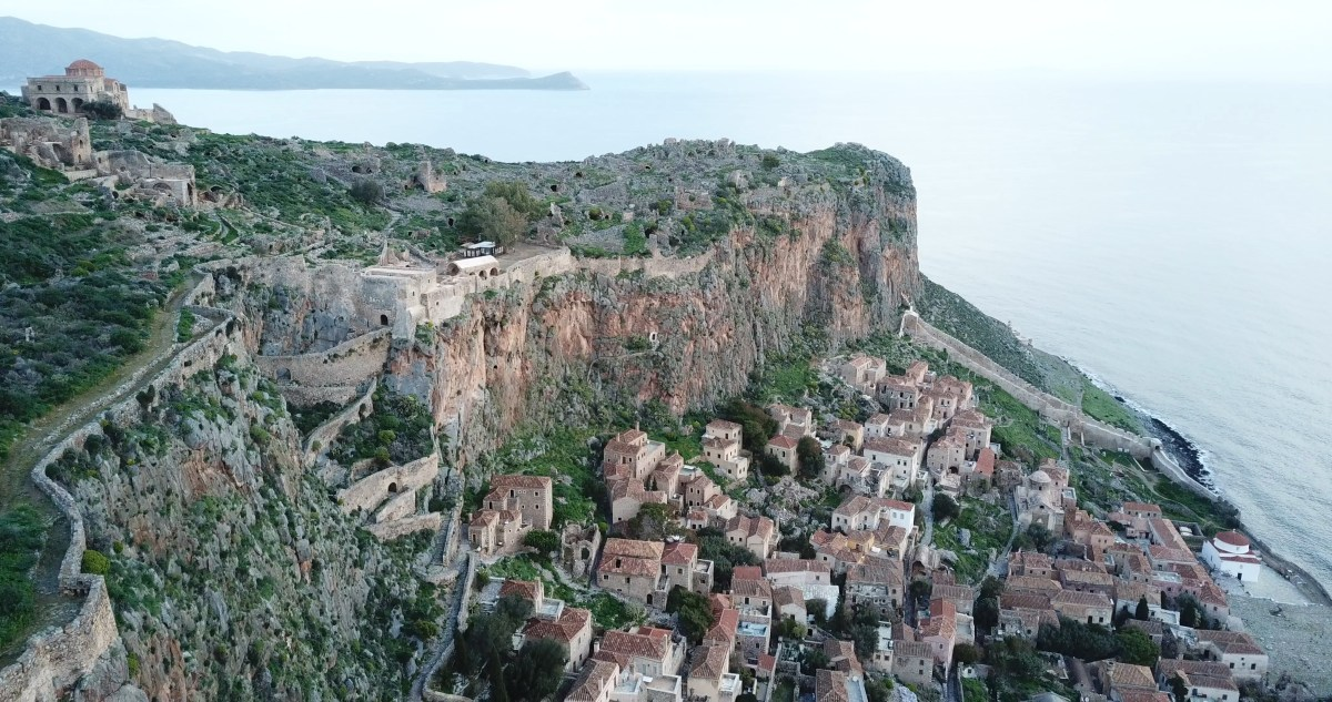 VIDEO: GRECIA DESDE EL AIRE: MONEMVASIA, PELOPONESO
