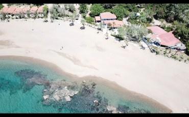 VIDEO: GRECIA DESDE EL AIRE: CAMPING AGINARA BEACH (GRECIA) 4K