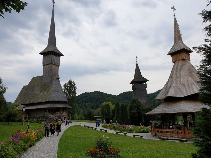 Monasterio de madera de Barsana, Maramures (Rumanía)
