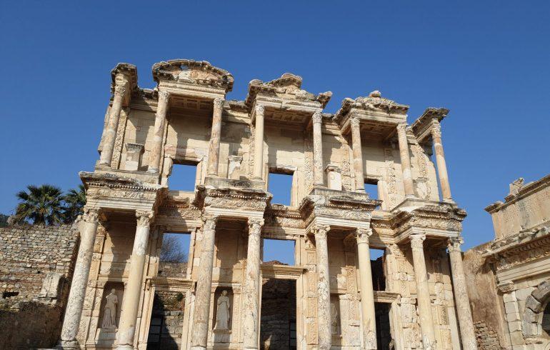 Biblioteca de Celso, Éfeso (Turquía)