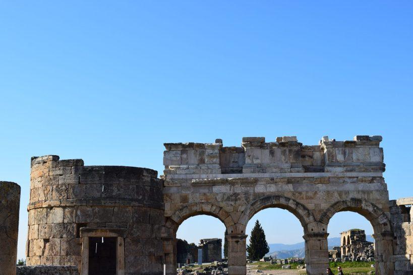 Arco de Domiciano, Hierápolis, Pamukkale (Turquía)