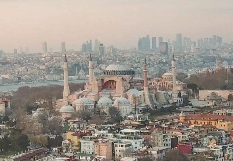 Basílica de Santa Sofía en Sultanahmed, Estambul (Turquía)