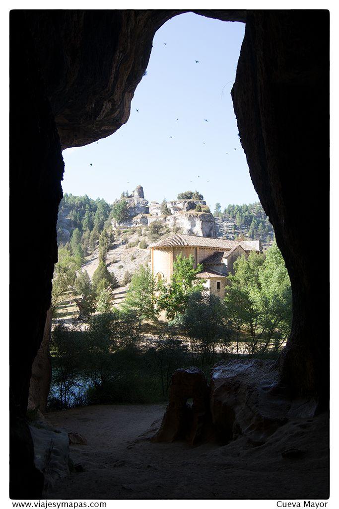 Interior de la cueva mayor del cañon del rio lobos