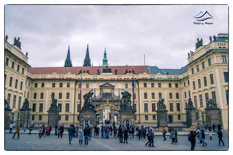 palacio-real-praga