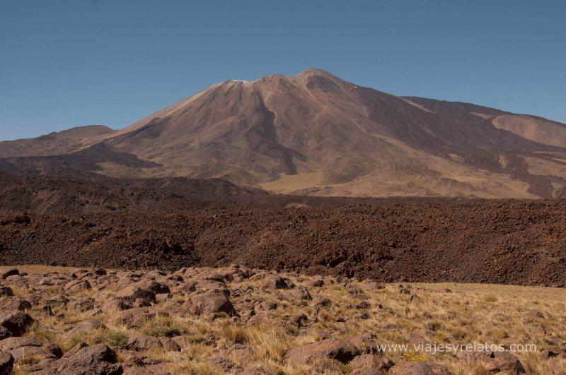 El escorial del volcan Tromen