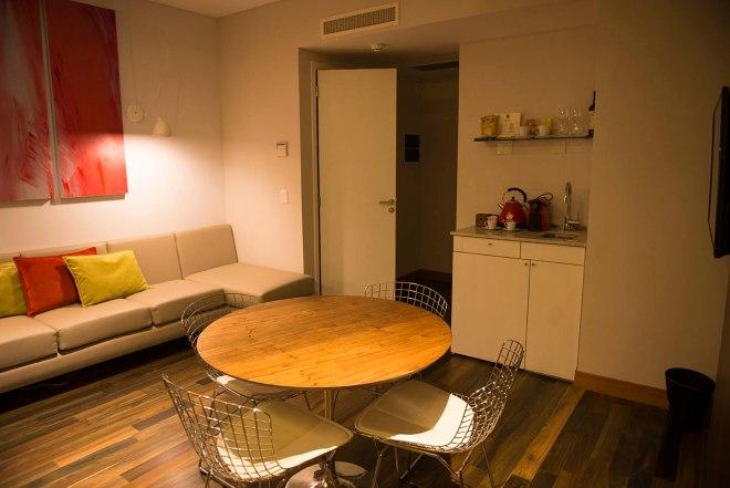 palo-santo-hotel-suite-sala