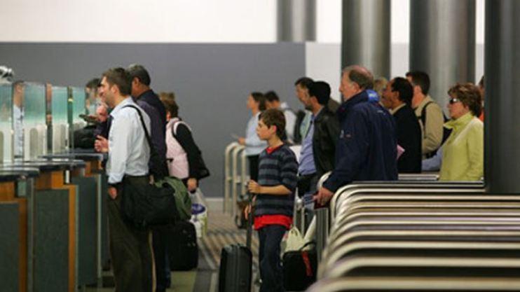 area de migracion aeropuerto internacional