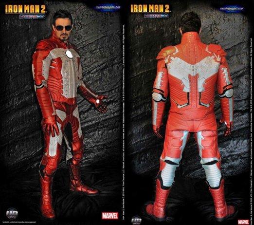 Si te compras la moto tuneada de Iron Man en milanuncios aquí tienes el traje.