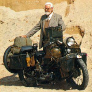 Prof. Dr. Max Reisch con su Puch de 1920
