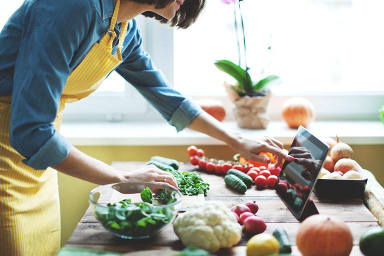 Os dez passos para uma alimentação adequada e saudável