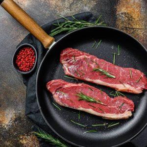 : Boucherie en ligne, bœuf de qualité, le gout du bœuf, comme à la boucherie, carré de bœuf, viande charolaise, limousine, bœuf en ligne, vente de bœuf en ligne, vente livrée à domicile, circuit court