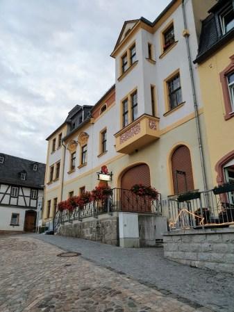 DAY 3 DAY 3 PITKÄ VALKOINEN PURO SAKSAN MOOTTORITIE, 4513 km pitkä postaus, Hartenstein, Saksa