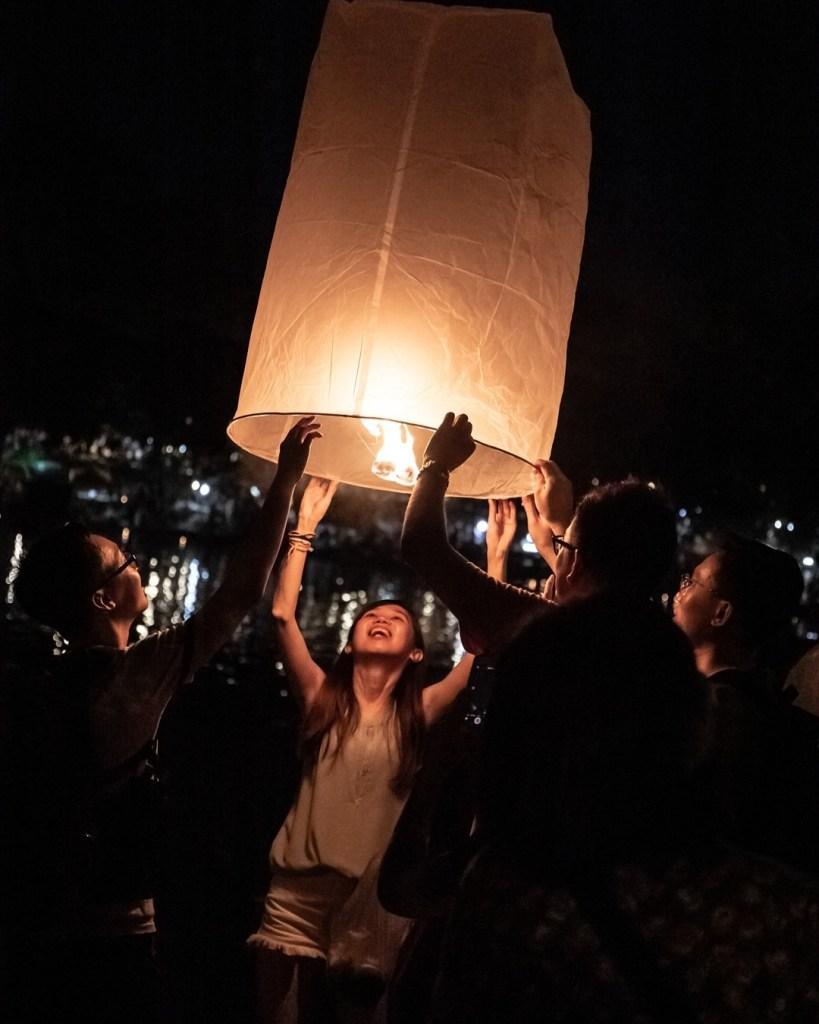 Diginomadina Thaimaassa - Yi Peng festivaali