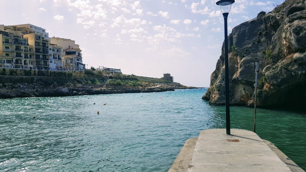Koti Gozolla, Xlendi
