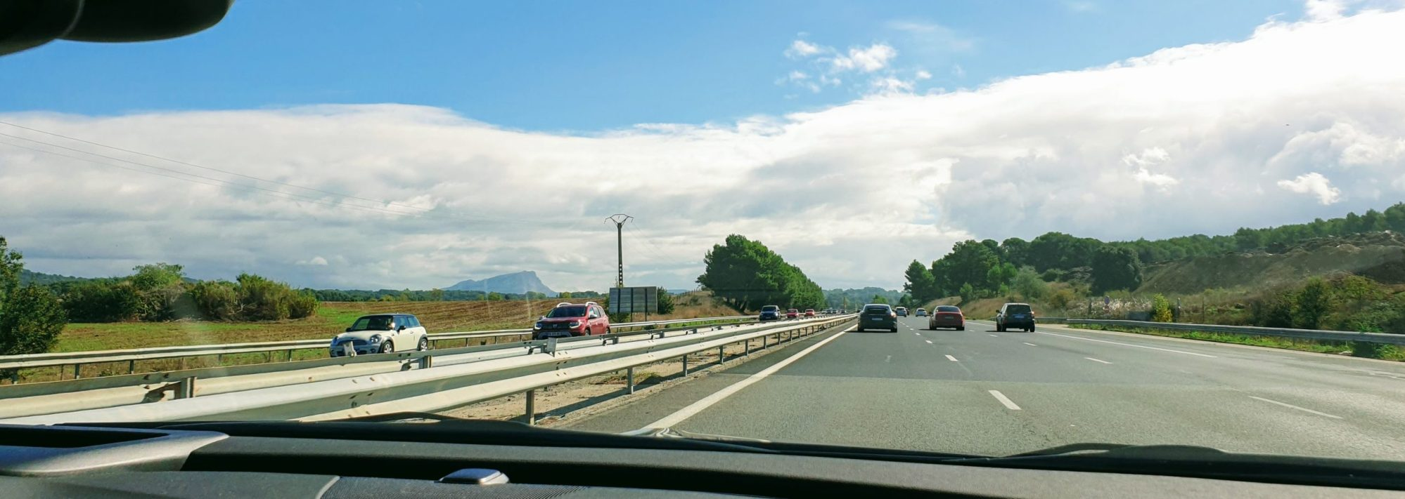Nainen ja auto, Espanja, bannr