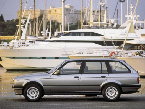 BMW-3-Series-Touring--E30