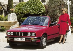 BMW3Series-E30-Cabriolet-766_3