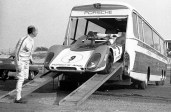 15-vintage-car-carriers-that-you-d-be-insane-to-use-today-1476934526015