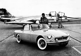 1963-MG-MGB-F-104-Phantom-Fighter-Jet-Factory-Photograph