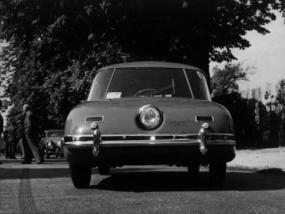 Jean-Pierre_Wimille_Prototype_No-2_1949_02