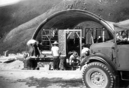 Cape Collinson Nissen hut construction