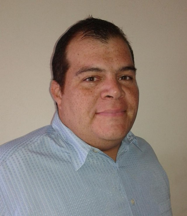 Ernesto Ramírez