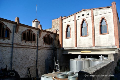 Celler Cooperativa Nulles exterior lateral