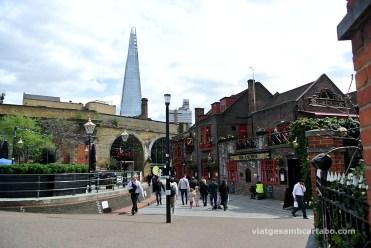 The Shard des del Bankside amb Southwark Bridge