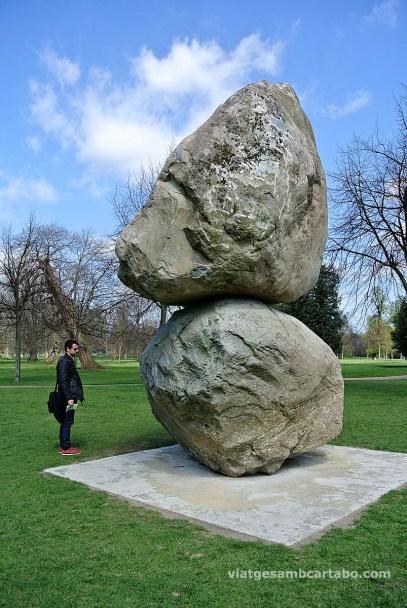 Fischli-Weiss Rock on top of another rock vertical