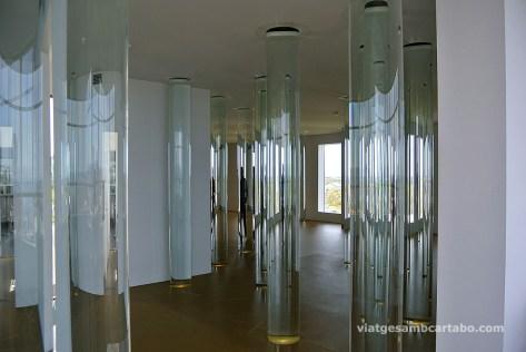 Columnes amb aigua de glaceres de Roni Horn
