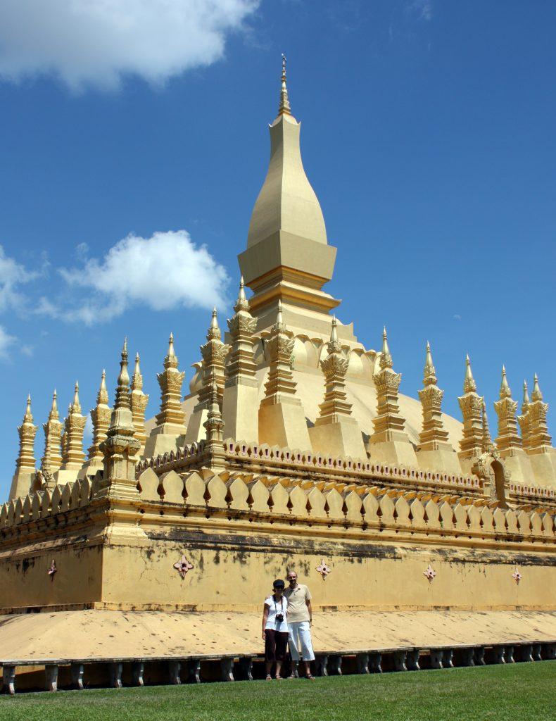 2009-08-27-david-eli-a-stupa