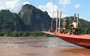 2009-08-24 (barca riu)