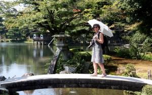 2015-08-08 (Kenroku-en pont)