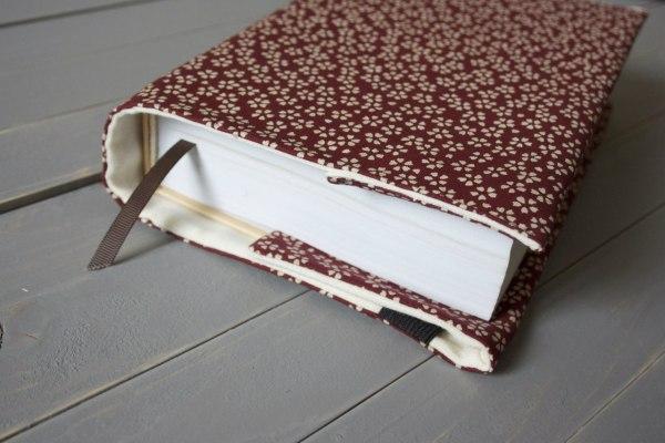 обложка для книги красная текстильная