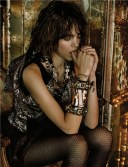 Freja-Beha-Erichsen-by-Javier-Vallhonrat-for-Vogue-UK-September-2009