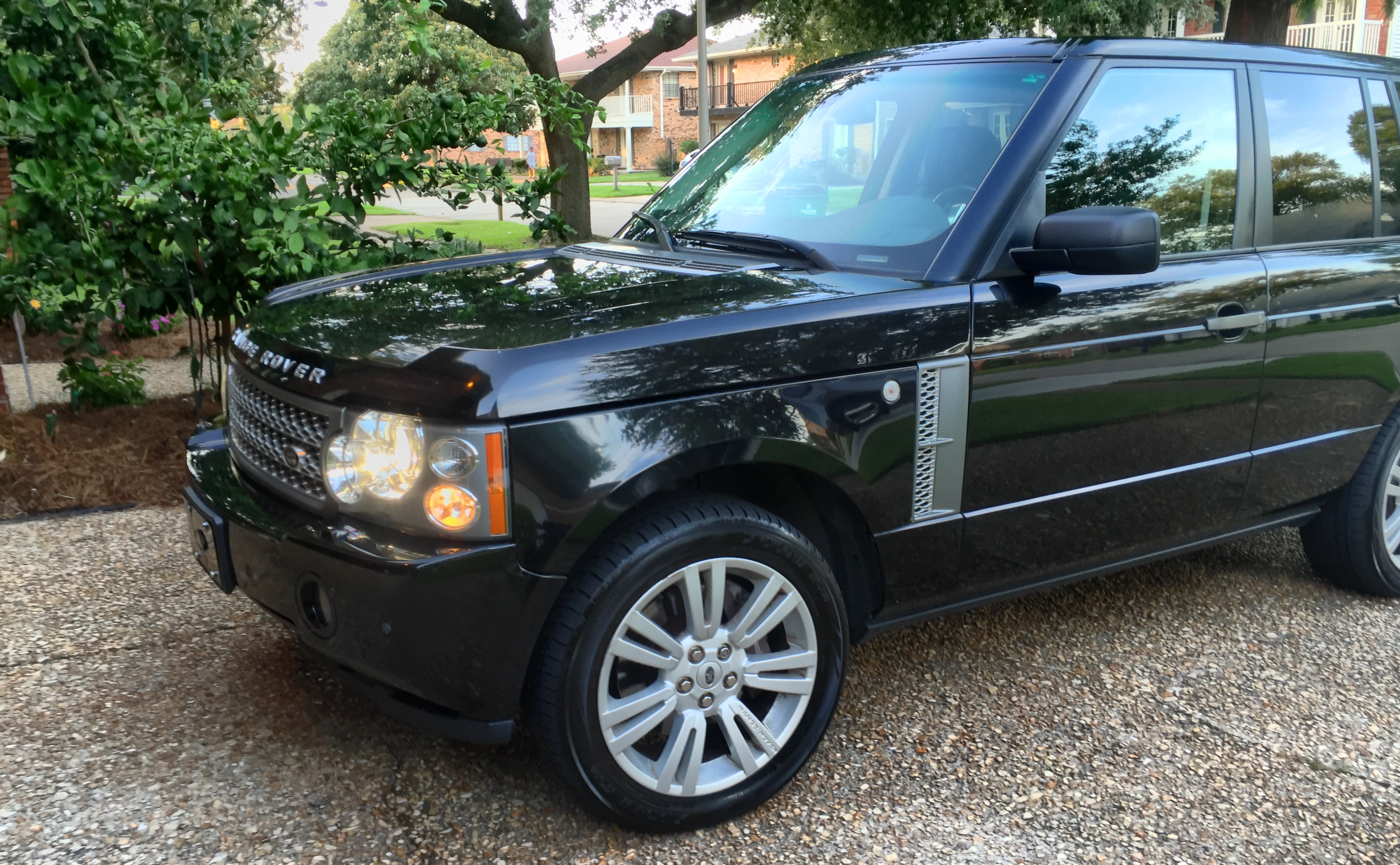 2009 LAND ROVER RANGE ROVER SC For Sale at Vicari Auctions New