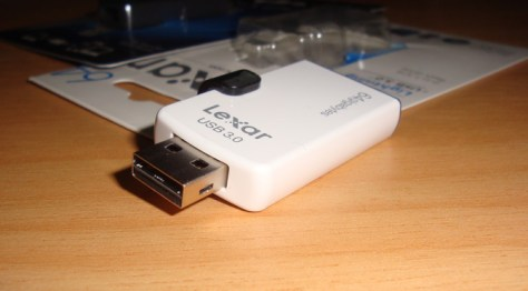 Tech review: Lexar JumpDrive M20i and JumpDrive M20c