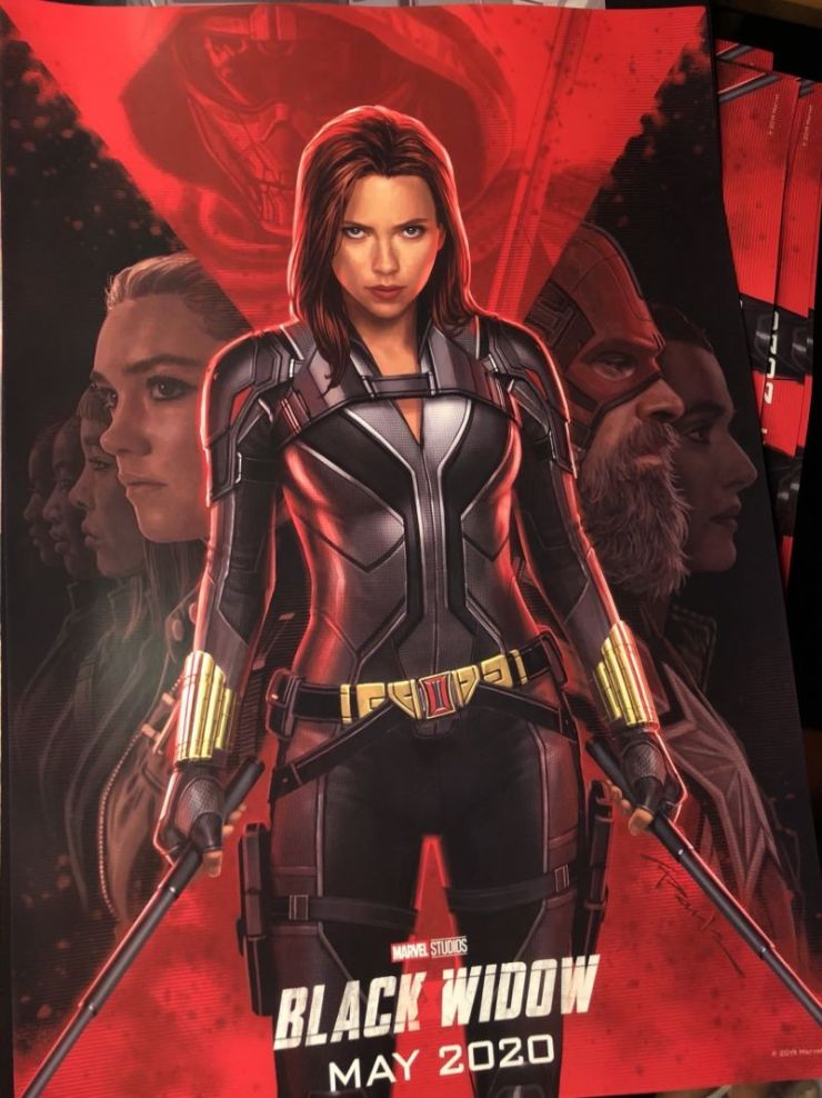 Cartaz oficial de Viúva Negra (Black Widow) da Marvel.