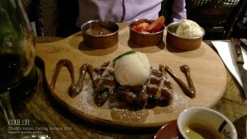 Criniti's Darling Harbour: Dessert: Nutella Waffle