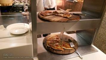 Feast Buffet: Pizza