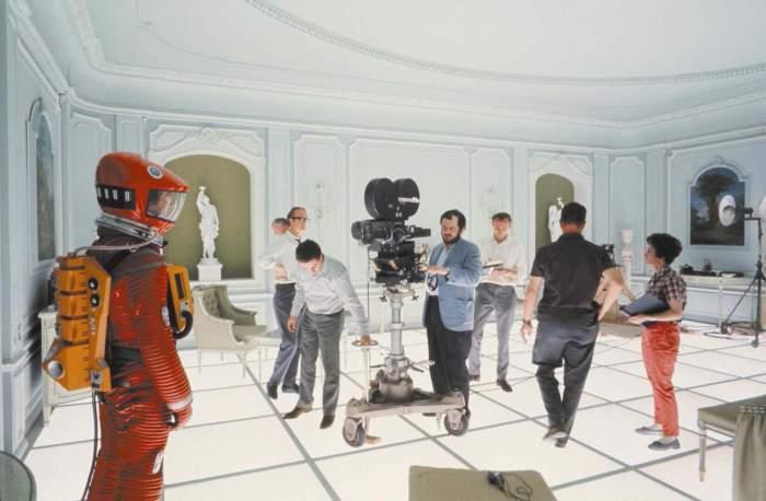 on set 2001