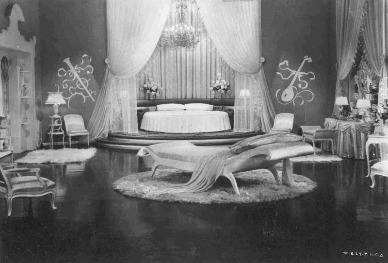 Top-Hat-RKO-19351