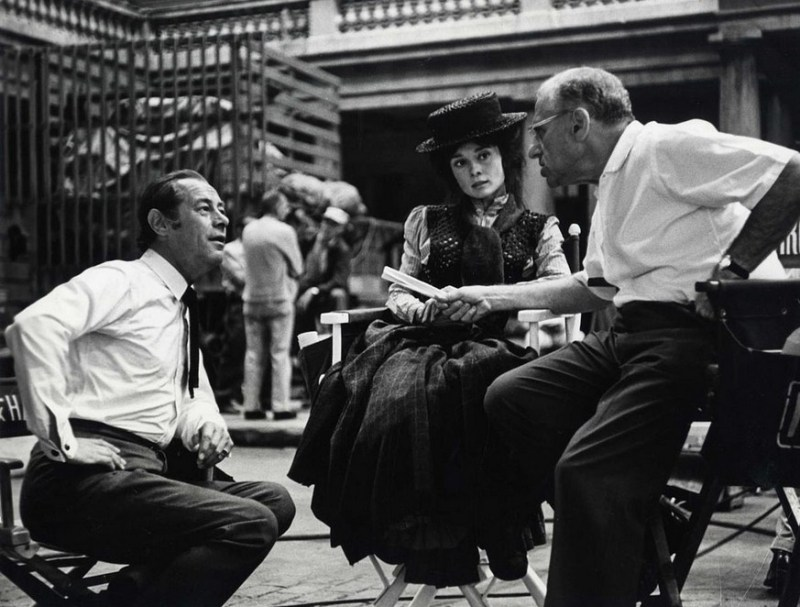 Rex-Harrison-and-Audrey-Hepburn-with-director-George-Cukor-on-the-set-of-My-Fair-Lady-1964