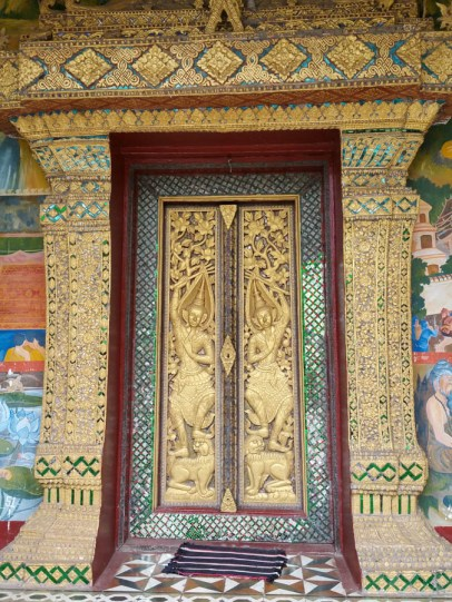 Fabulous tele doors in Luang