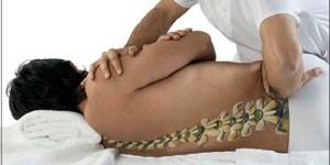 Quiropraxia para dores nas costas em São José SC - Tratamento e alívio da dor: nervo ciático, dor nas costas, dor na coluna, dor lombar, torcicolo, hérnia de disco, dor no ombro, dor no pescoço, nevralgia, dor no joelho, dor no pescoço. Vico Massagista e Quiropraxia, São José SC, Massagem e Quiropraxia - profissional com mais de 29 anos de experiência e atuação na área de recuperação física, tratamento e alívio da dor. Local de Atendimento: Rua Arnoldo Bonckewitz, 29 - centro, São José (SC)