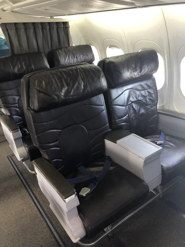 Hawaiian Airlines Boeing 717 Business Class Seats